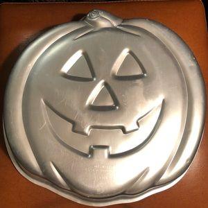 WILTON Jack-O-Lantern Pan